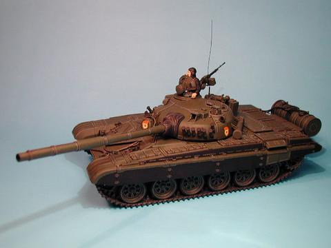 Maqueta Tamiya T-72 02